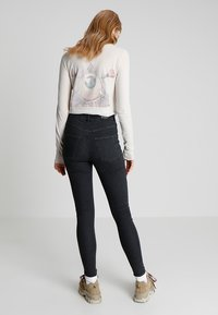 Cheap Monday - HIGH SPRAY - Jeggings - black - 2