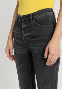 Cheap Monday - HIGH SKIN - Jeans Skinny Fit - black earth - 3