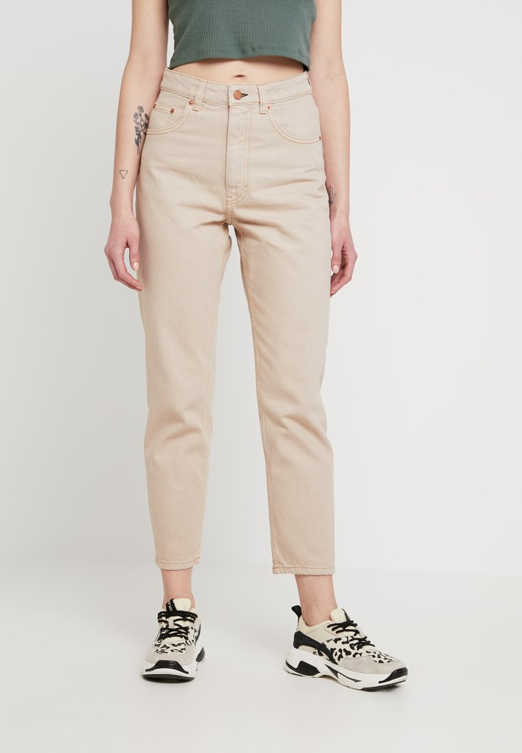 Cheap Monday - DONNA - Jeans Relaxed Fit - off pink