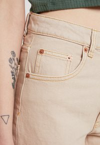 Cheap Monday - DONNA - Jeans relaxed fit - off pink - 5