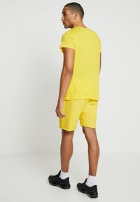 Cheap Monday - DRY - Pantaloni sportivi - solaryellow - 2