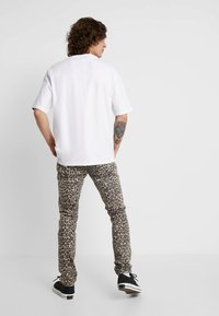Cheap Monday - TIGHT - Jeans slim fit - cheetah sand - 2