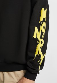 Cheap Monday - GOAL DRIP SADLY - Sweatshirt - black - 4