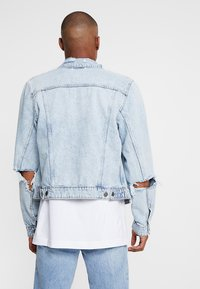 Cheap Monday - LEGIT JACKET TRASHED - Farkkutakki - air blue - 2