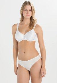 Chantelle - HEDONA - Kaarituelliset rintaliivit - white - 1