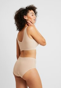 Chantelle - SOFTSTRETCH CUPS - Bustier - nude - 2