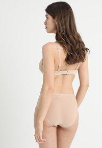 Chantelle - SOFTSTRETCH SHORTY - Slip - nude - 2