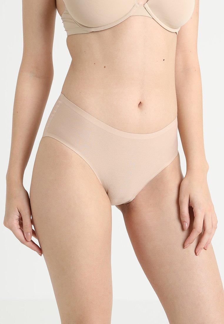 Chantelle - SOFTSTRETCH SHORTY - Slip - nude
