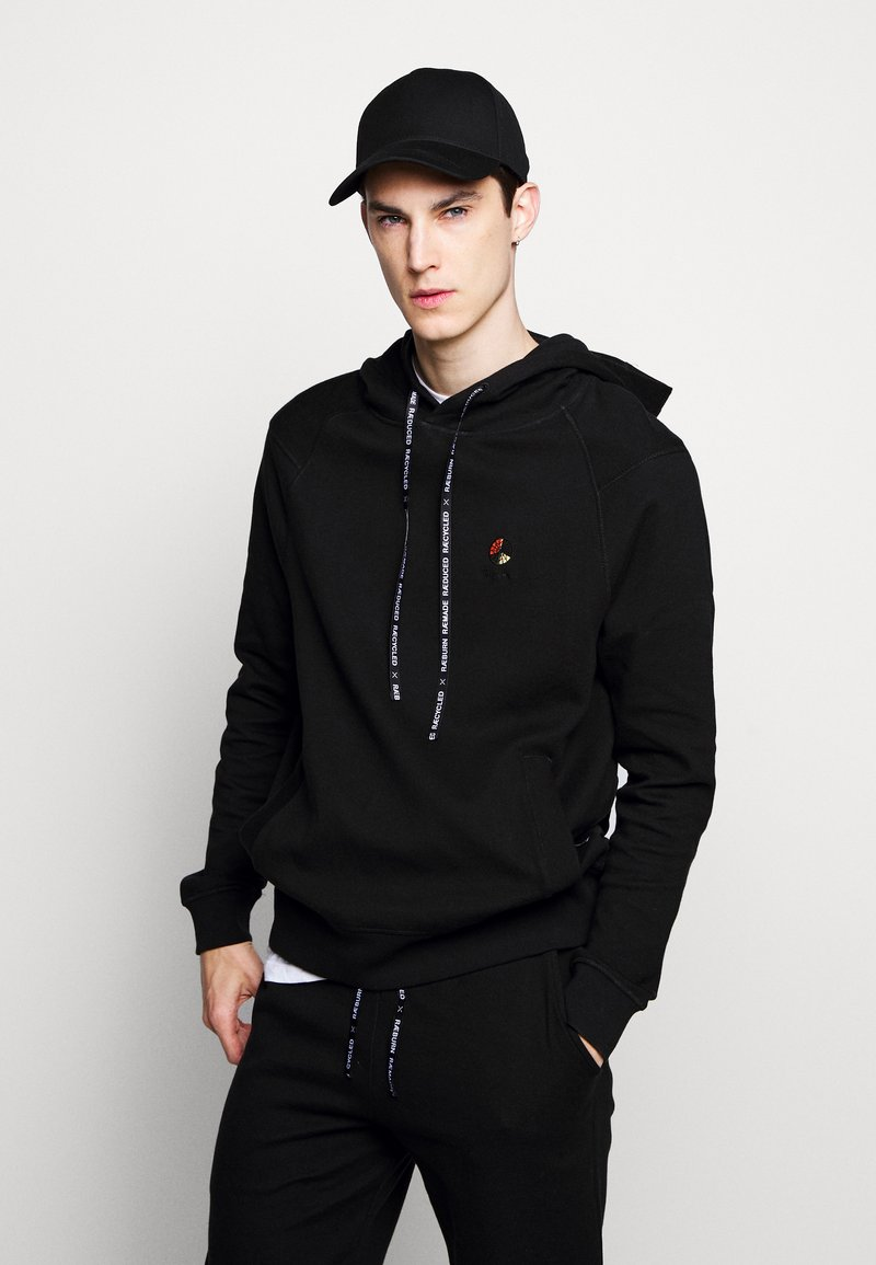 Raeburn - HOODED - Luvtröja - black