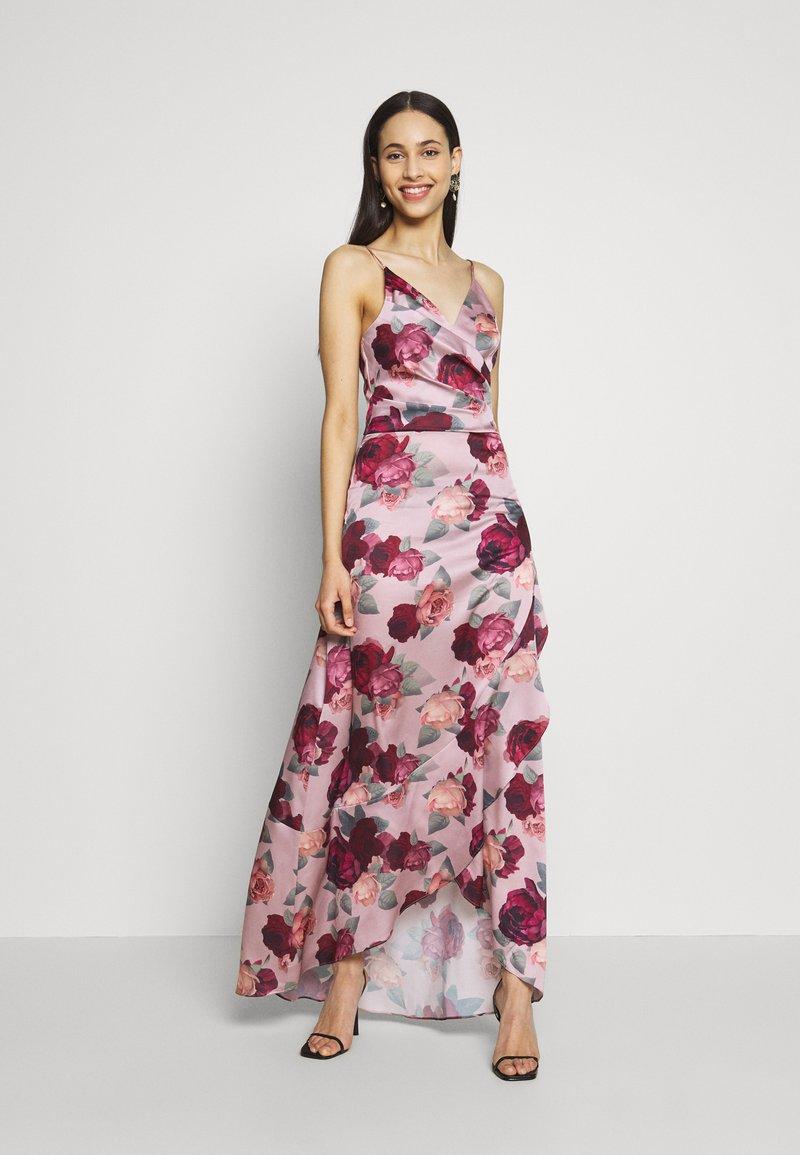 Chi Chi London Tall - MABEL DRESS - Iltapuku - mink