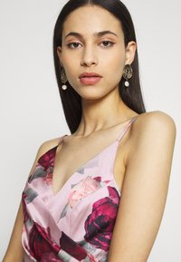 Chi Chi London Tall - MABEL DRESS - Iltapuku - mink - 3