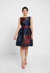 Chi Chi London Petite - WREN - Cocktail dress / Party dress - navy - 1