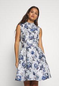 Chi Chi London Petite - CELOWEN DRESS - Cocktail dress / Party dress - blue - 0