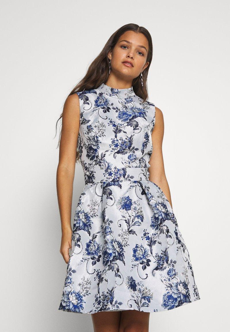 Chi Chi London Petite - CELOWEN DRESS - Cocktail dress / Party dress - blue