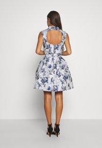 Chi Chi London Petite - CELOWEN DRESS - Cocktail dress / Party dress - blue - 2