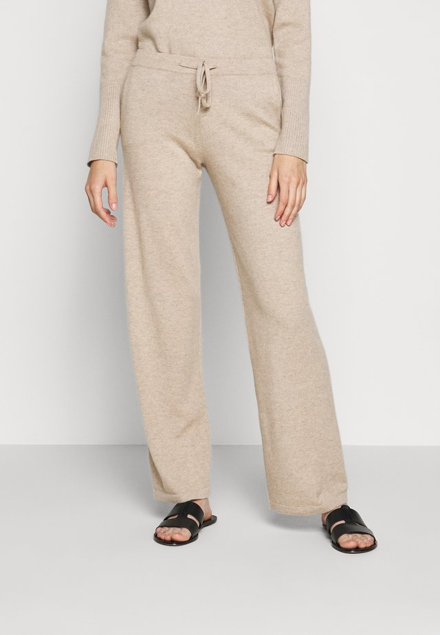 ESSENTIALS WIDE LEG PANT - Stoffhose - oatmeal