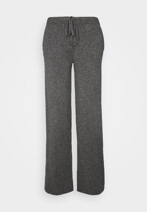 ESSENTIALS WIDE LEG PANT - Broek - grey