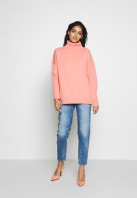 CHINTI & PARKER - THE RELAXED - Trui - dusty rose - 1