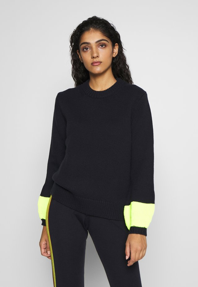 POP CUFF - Strikpullover /Striktrøjer - navy/fluro yellow