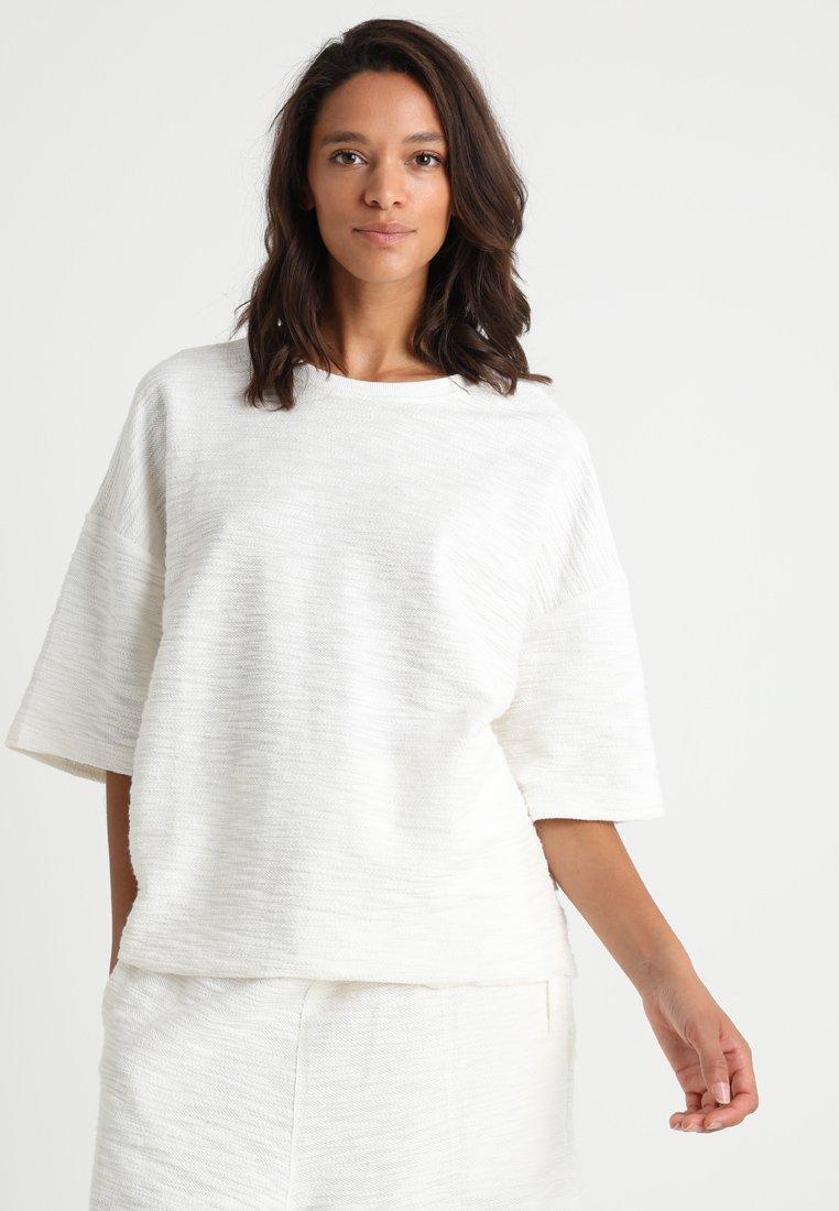 Chalmers - SOPH - Pyjama top - off white
