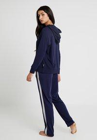 Chalmers - RHONE HOODIE - Pyjamasöverdel - dark blue - 2