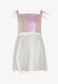Chi Chi Girls - PENNIE DRESS - Koktejlové šaty/ šaty na párty - white - 0
