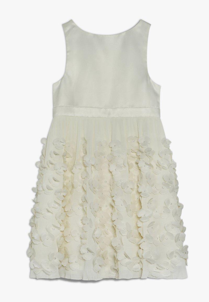 Chi Chi Girls - LESSIE DRESS - Vestido de cóctel - cream