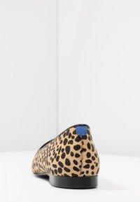 Chatelles - LÉO - Nazouvací boty - beige - 5