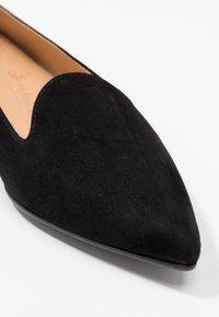 Chatelles - FRANÇOIS POINTY - Slippers - black - 2