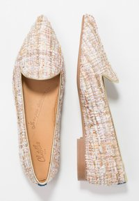 Chatelles - QUENTIN POINTY - Nazouvací boty - pastel beige/gold/pink - 3