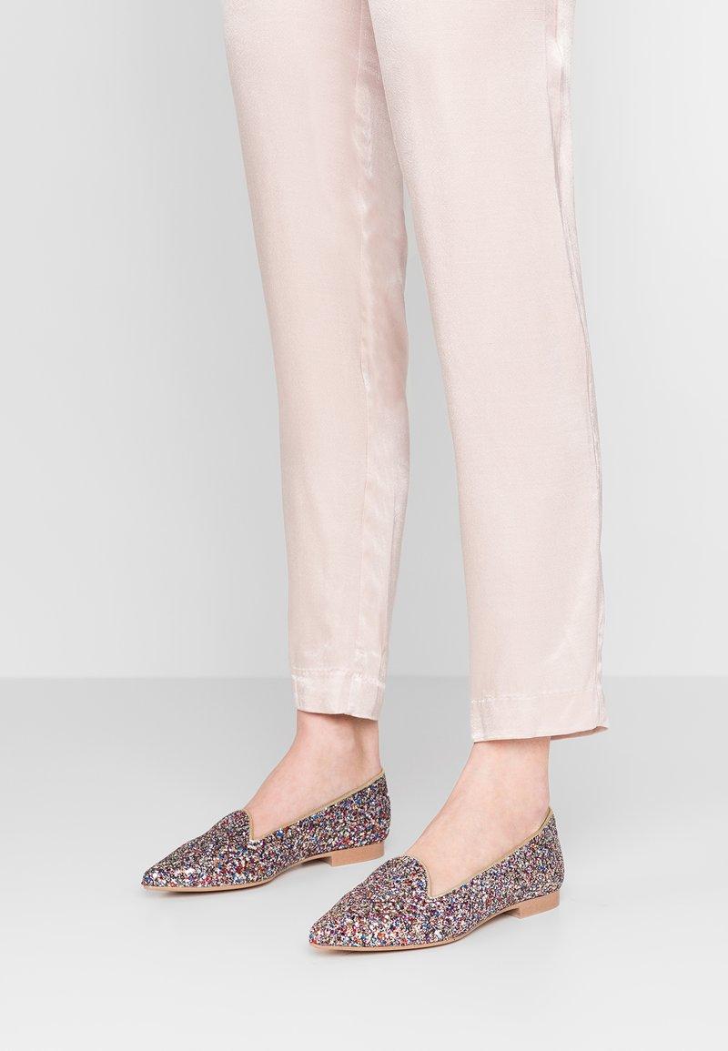 Chatelles - ANATOLE POINTY - Nazouvací boty - multicolored summer glitter