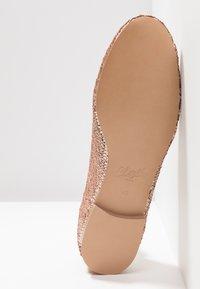 Chatelles - Nazouvací boty - nude pink - 6