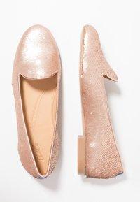 Chatelles - Nazouvací boty - nude pink - 3