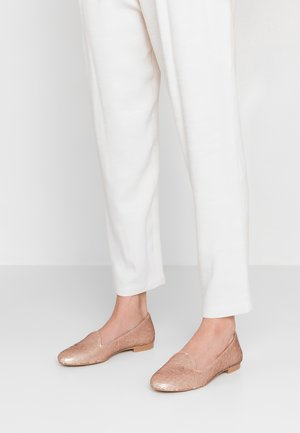 Loafers - nude pink