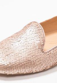 Chatelles - Nazouvací boty - nude pink - 2