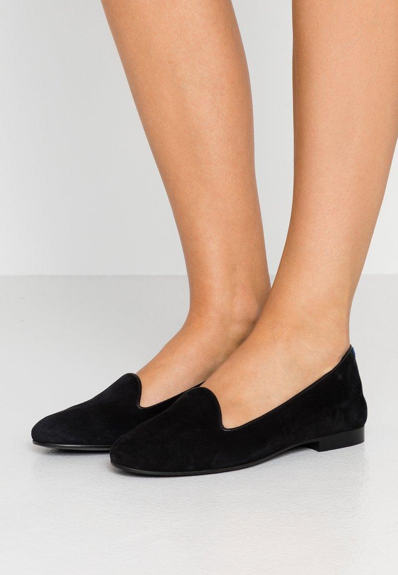 Chatelles - CLASSIC FRANCOIS  - Nazouvací boty - black