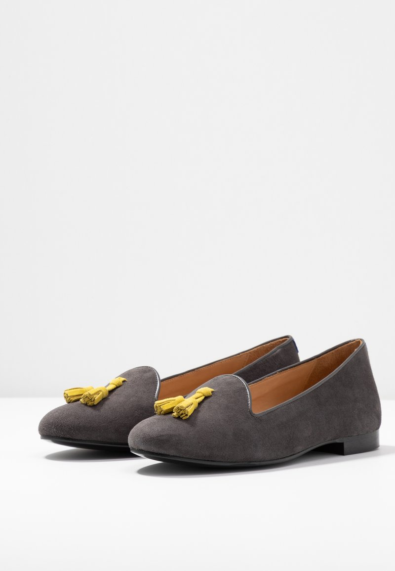 Grey With Classic TasselMocassins Chatelles Chatelles QshdCtrx