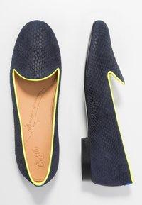Chatelles - JULES - Nazouvací boty - navy/neon yellow - 3