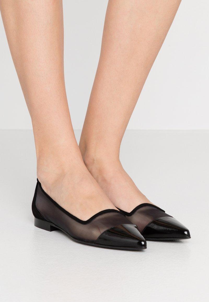 Chatelles - Nazouvací boty - black