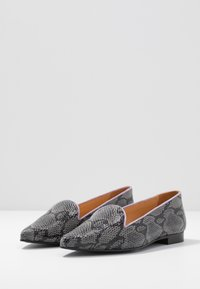 Chatelles - MELCHIOR POINTY - Loafers - grey/lilac - 4
