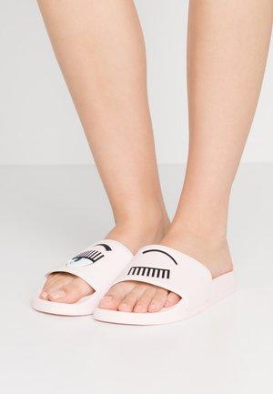 SLIDER - Pantofle - pink