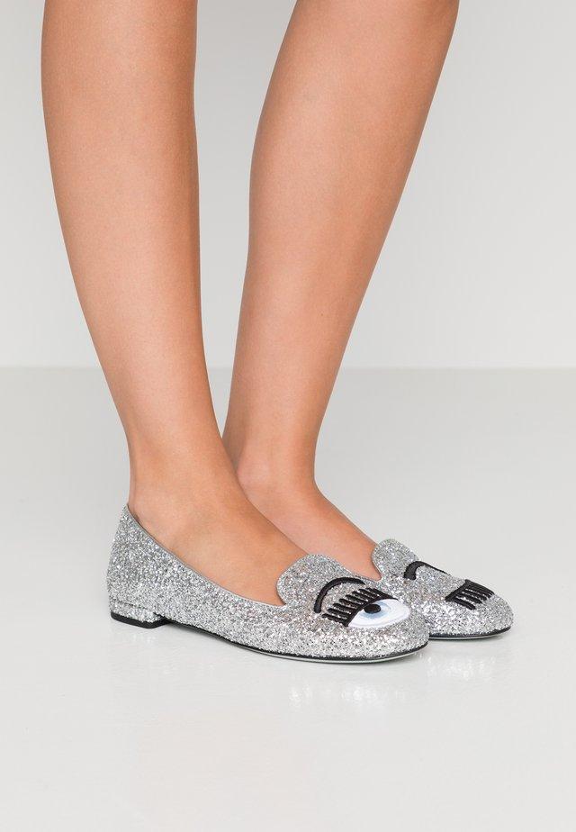 RIGA  - Nazouvací boty - silver