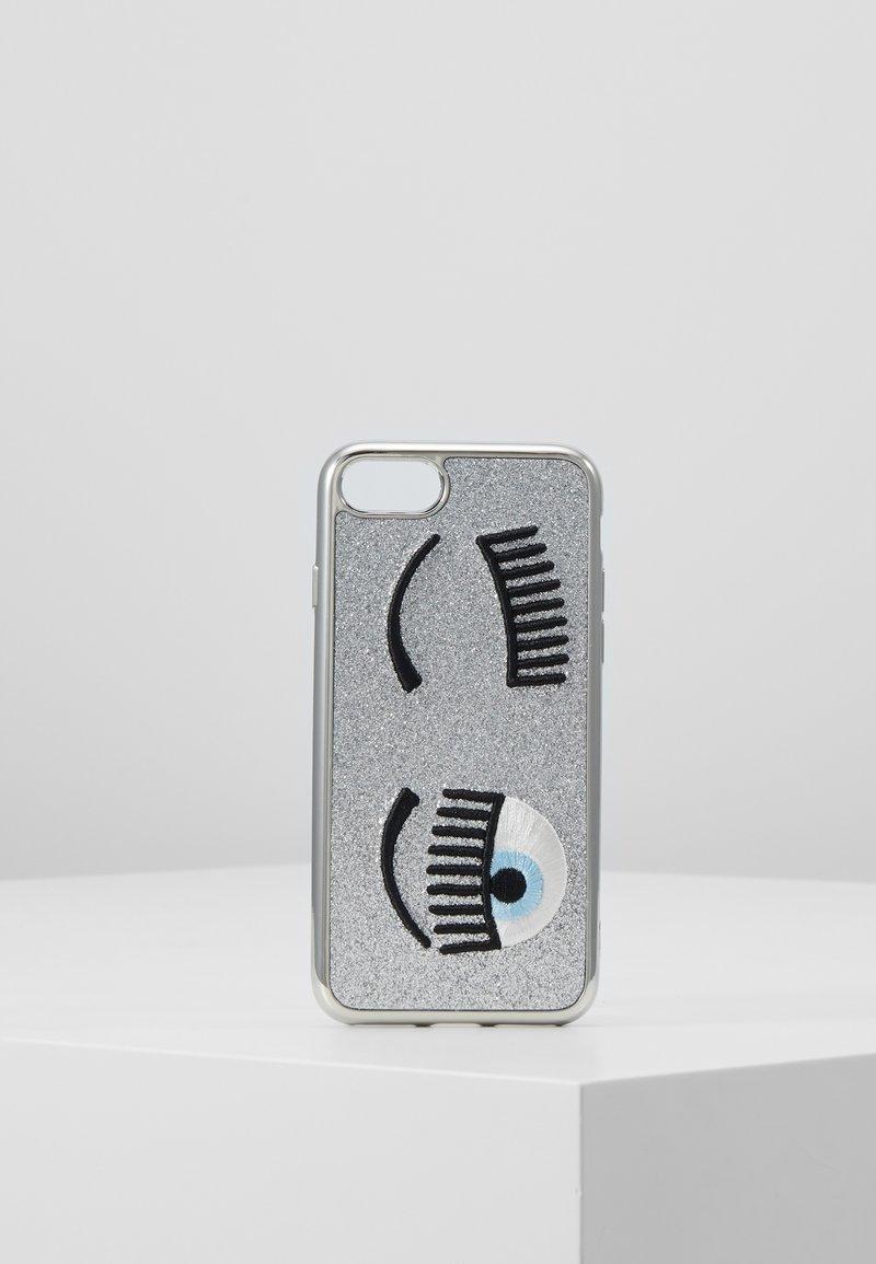 CHIARA FERRAGNI - FLIRTING GLITTER COVER IPHONE - Handytasche - silver