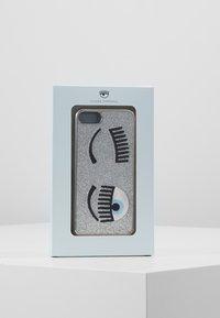 CHIARA FERRAGNI - FLIRTING GLITTER COVER IPHONE - Handytasche - silver - 5