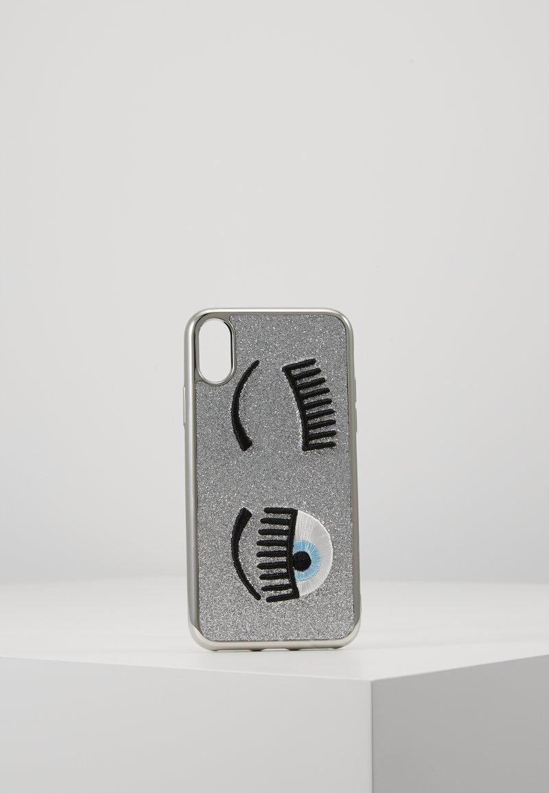 CHIARA FERRAGNI - FLIRTING GLITTER COVER IPHONE - Obal na telefon - silver
