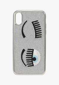 CHIARA FERRAGNI - FLIRTING GLITTER COVER IPHONE - Obal na telefon - silver - 1