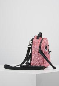 CHIARA FERRAGNI - GLITTER MINI BACK PACK - Rugzak - pink - 3