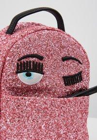 CHIARA FERRAGNI - GLITTER MINI BACK PACK - Rugzak - pink - 6