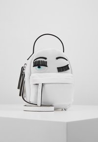 CHIARA FERRAGNI - FLIRTING MINI BACK PACK - Batoh - white - 4