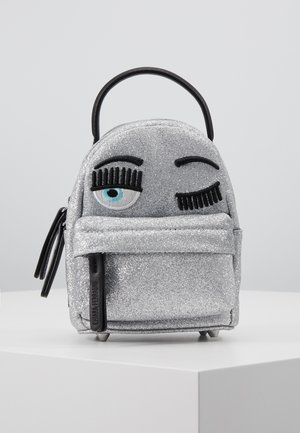 FLIRTING GLITTER MINI BACK PACK - Batoh - silver